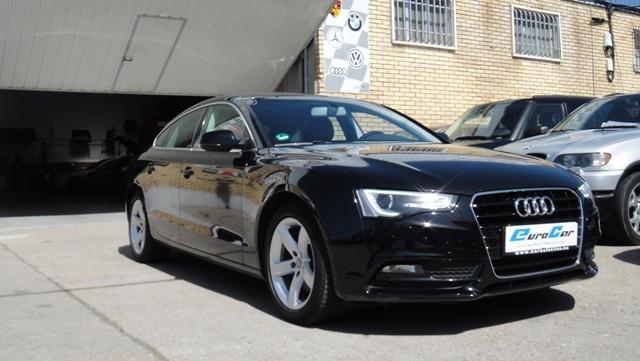 Audi<br />A-5 2.0 TDI SPORTBACK